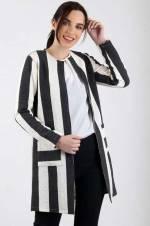 Kadın Siyah-Beyaz Çizgi Desen Cepli Ceket